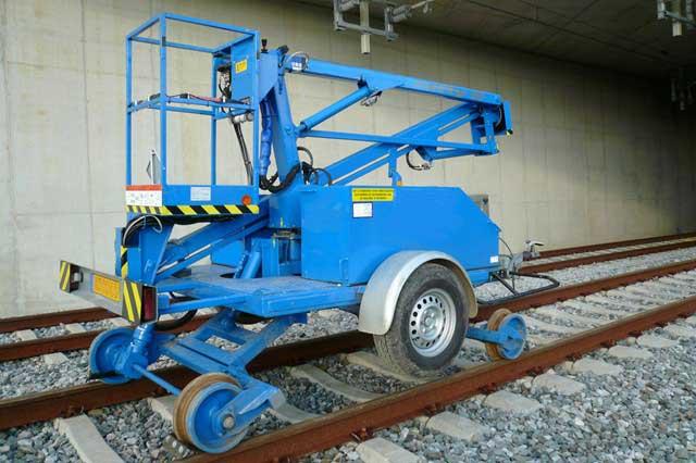 NEW ER1 Rail/Road Access Platform
